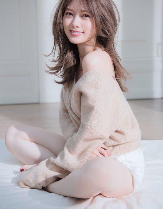 【画像】白石麻衣さん(27)、エロい
