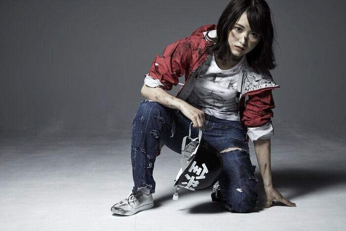 舞台役者が欅坂46菅井友香に「キスして、胸揉んでやるゼァッ!」とつぶやき炎上www(参考GIF・動画あり)