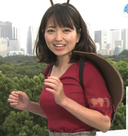 福岡良子 おっぱいピチピチ衣装