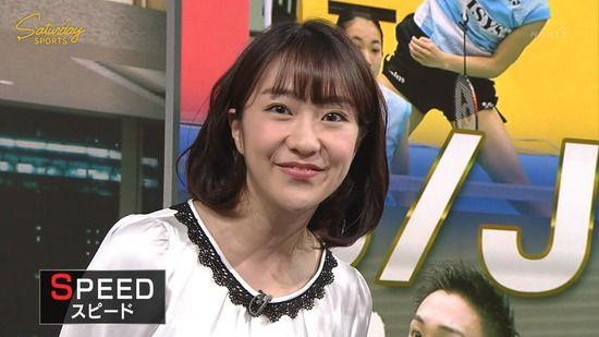 【画像】NHK副島萌生アナのおっぱいの盛り上がりがスマッシュで現れてしまうwww(サタデースポーツ)