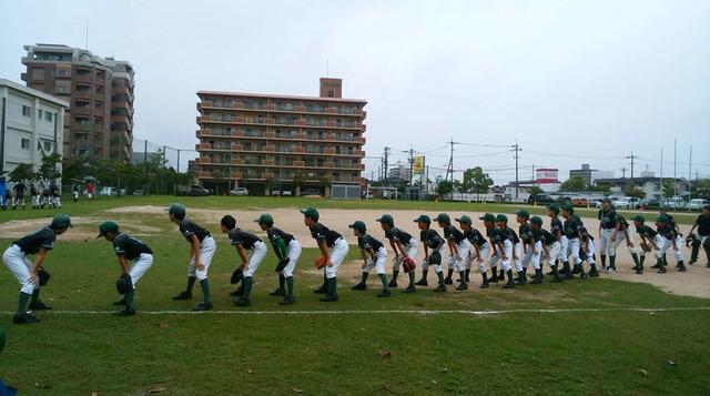 練習試合前の城東グリーンソックスのメンバー