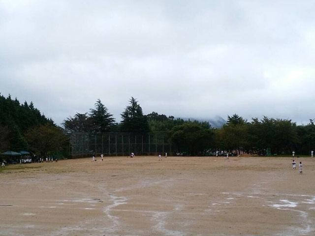 松江四中の校庭グラウンドの状況