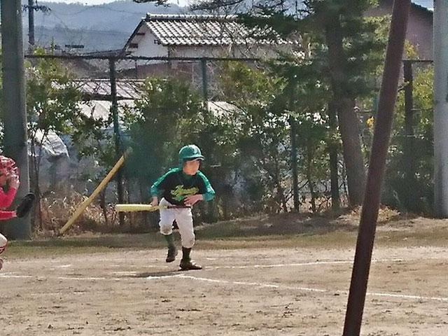 7番レフトOき、バント成功!