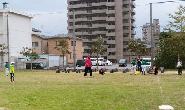 学童野球ティーバッティング2と守備体験