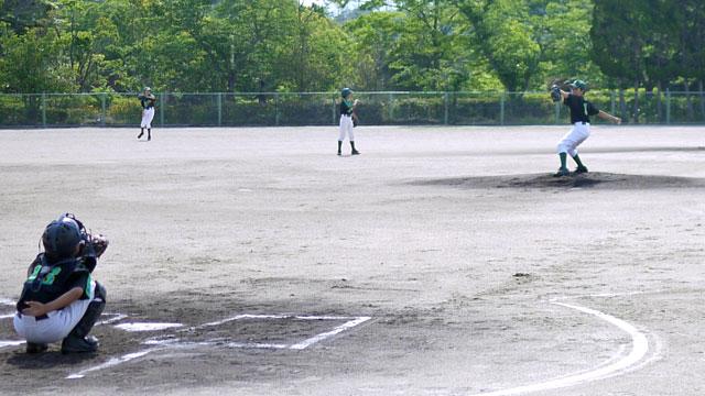 城東の守り、先発ピッチャー「Kしん」投球練習