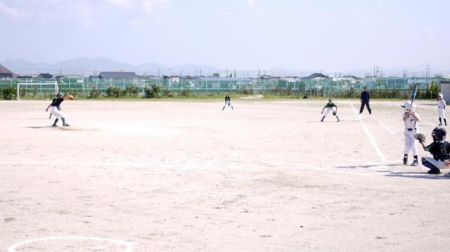 城東の守備vs荘原スポーツ少年団の攻め