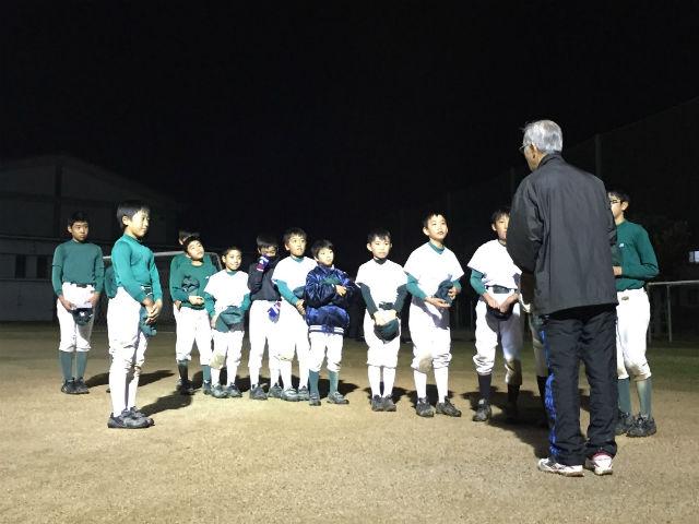 平日練習最終日の最後のコーチからのお話02