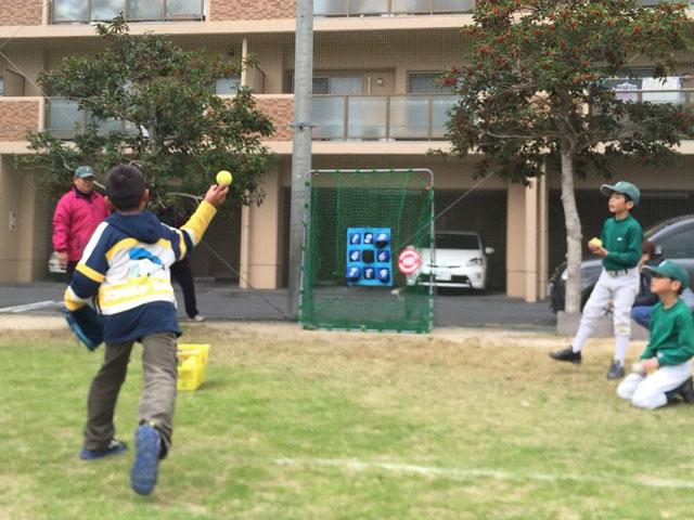 ストラックアウト野球体験会の写真2