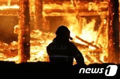 千年の歴史を持つ内蔵寺大雄殿が放火により全焼 韓国