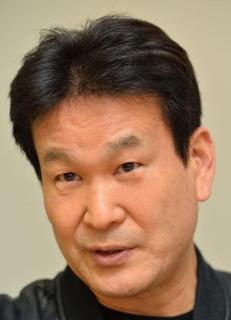辛坊治郎氏「私はGoToやめたことで感染広めた派」