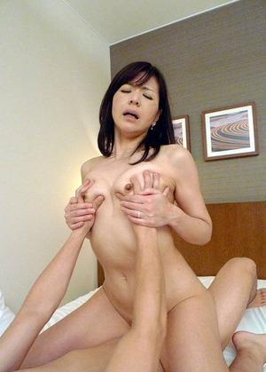 上原千尋 ヌード・オマンコ・セックス画像 (20)
