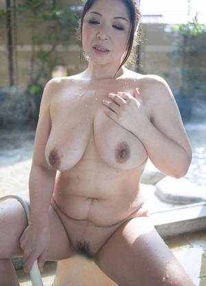 加山なつこ ヌード画像 (26)