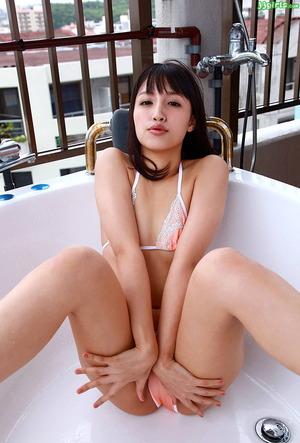 青山ローラ (4)
