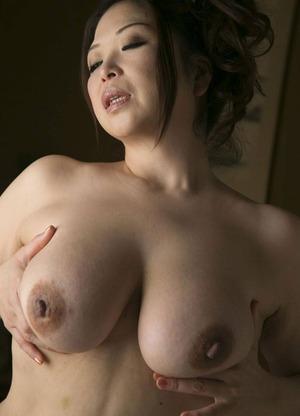 加山なつこ ヌード画像 (31)