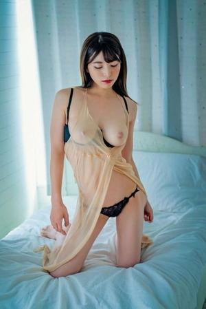 上原亜衣 ヌード画像 (3)