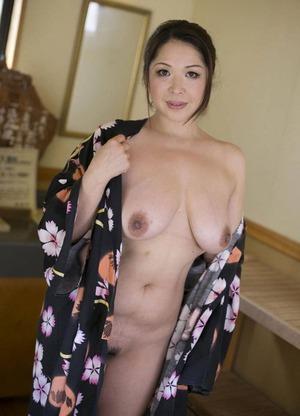 加山なつこ ヌード画像 (19)
