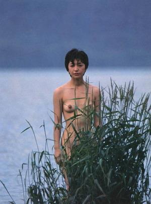 高橋恵子 ヌード画像 (6)