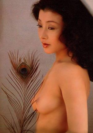 高田美和 ヌード画像 (1)