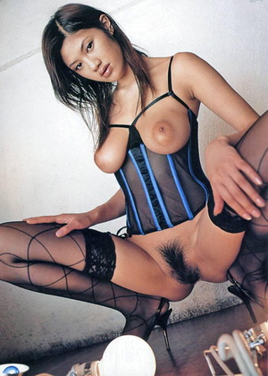 綾乃梓 (13)