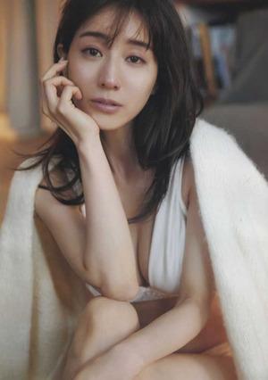 田中みな実 ヌード画像 (37)