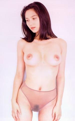 盛本真理子 ヌード画像 (29)