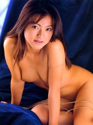 小沢まどか ヌード画像 (33)