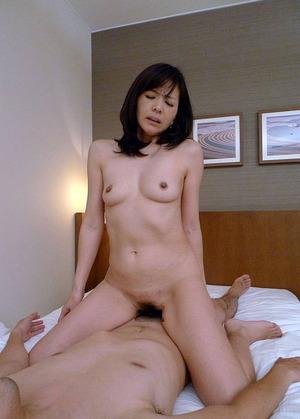 上原千尋 ヌード・オマンコ・セックス画像 (26)