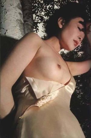 高田美和 ヌード画像 (18)