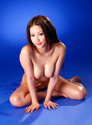 shikoshiko-uehara-kaera_016