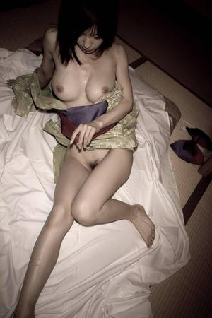 かすみ果穂 ヌード画像 (27)
