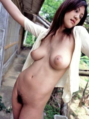 綾乃梓 (21)