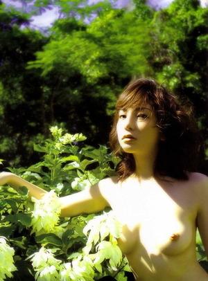 稲葉美優 ヌード画像 (16)
