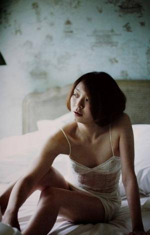 田畑智子 ヌード画像 (1)