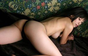 かすみ果穂 ヌード画像 (2)