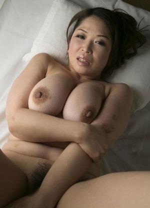 加山なつこ ヌード画像 (27)