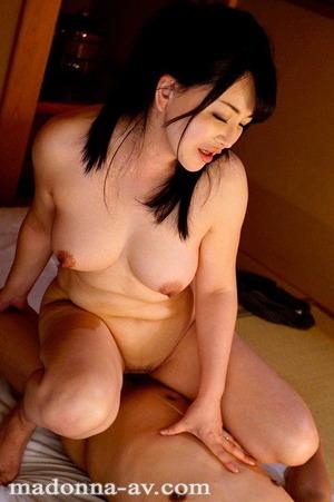 浅井舞香 (22)