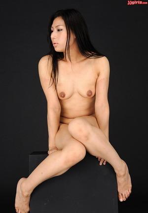 浅井千尋 (18)