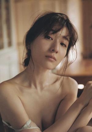 田中みな実 ヌード画像 (31)