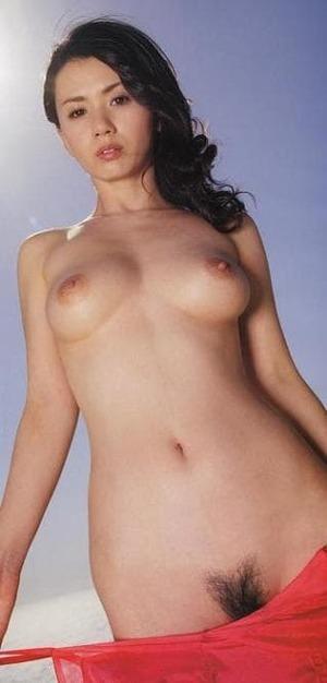 小島可奈子 ヌード画像 (24)