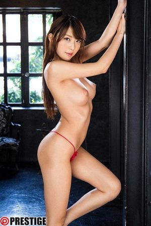 香椎りあ ヌード・オマンコ画像 (2)