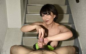 円城ひとみ ヌード画像 (4)