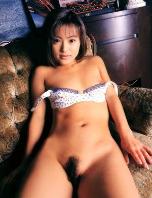 小沢まどか ヌード画像 (32)