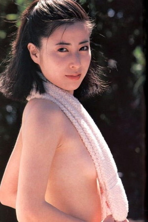 岡江久美子 (30)