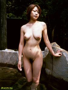 jp_images_album_tomoda-maki_tomoda-maki001