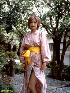 jp_images_album_tomoda-maki_tomoda-maki004