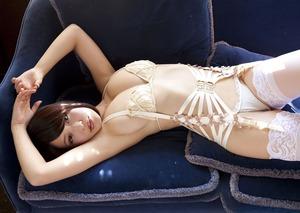 jp_imgpink_imgs_5_2_52f10de7