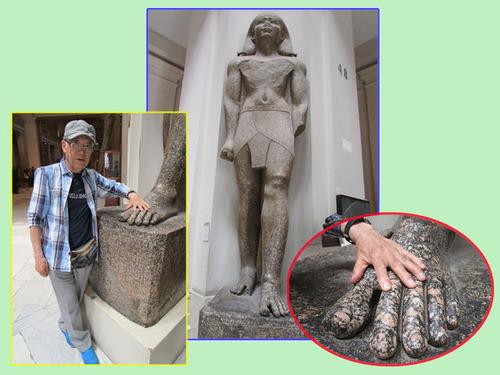 エジプト考古学博物館の大像