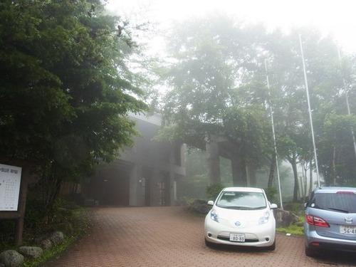 八ヶ岳朝の霧雨