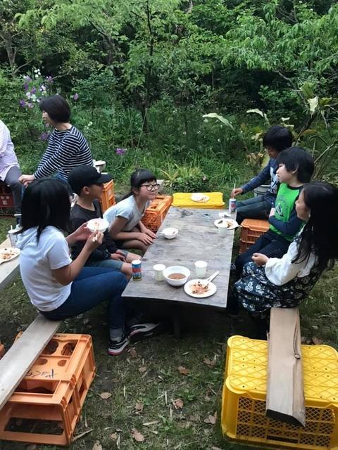 ミュージックキャンプ2019子供たち昼食中