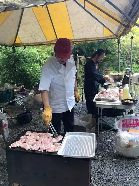 ミュージックキャンプ2019料理助手 (1)